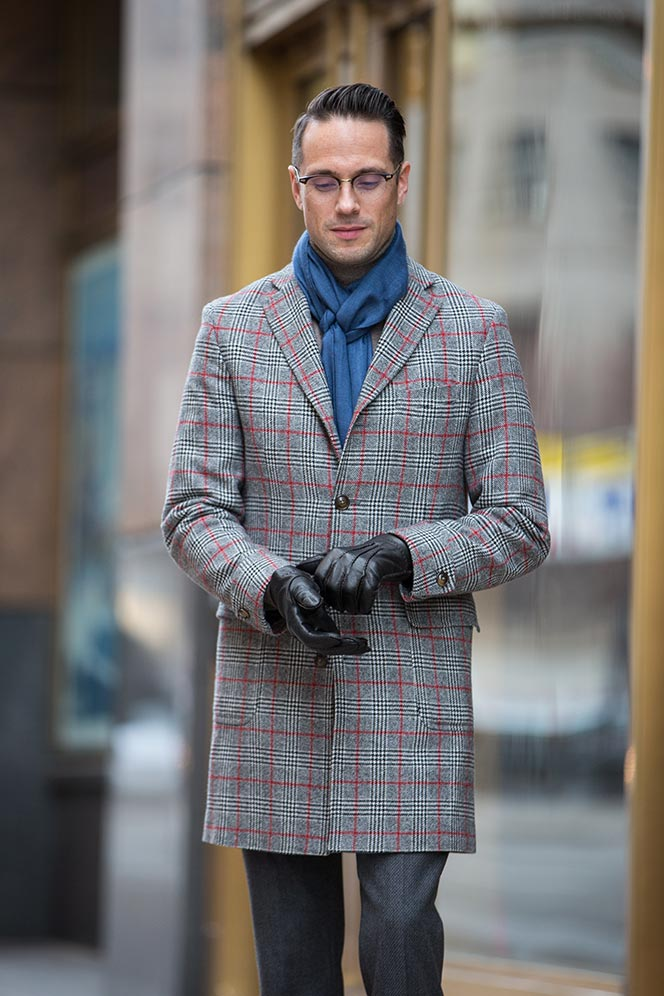 mens-winter-outfit-ideas-for-business-plaid-coat-oliver-peoples-glasses-2