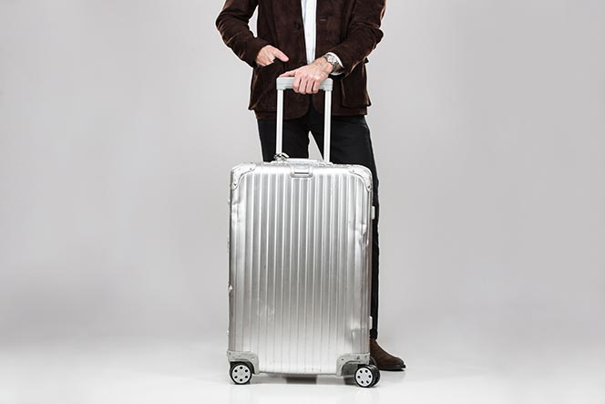 rimowa topas aluminum suitcase luggage review