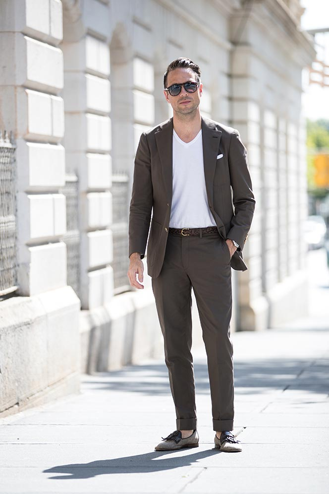 783780e7d4e9 How To Wear a Suit with a T-Shirt - He Spoke Style