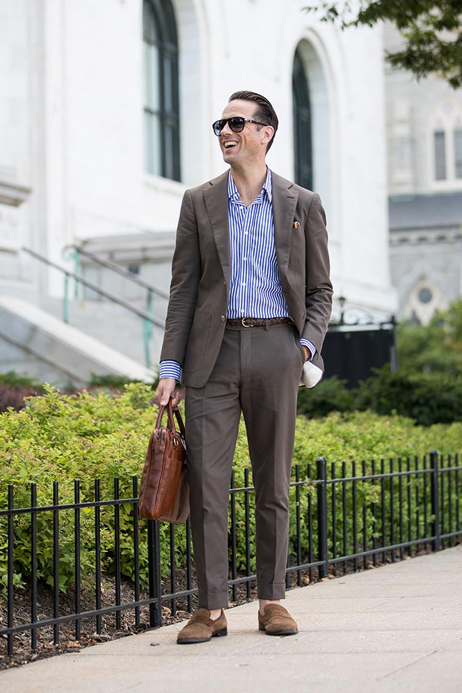Summer Business Casual: Cotton Suit, No Tie - He Spoke Style