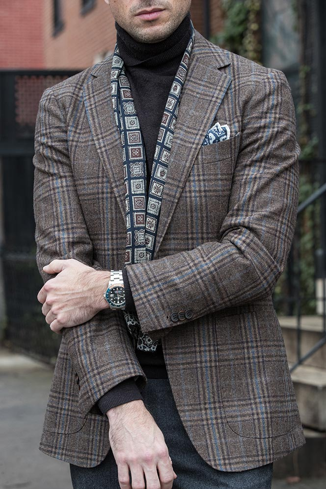dapper-outfit-ideas-men-winter-plaid-blazer-turtleneck-scarf-grey-flannel-pants-1