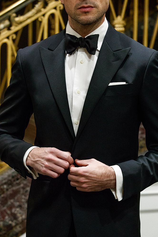 how-to-wear-black-tie-bow-tie-peak-lapel-tuxedo-classic-dress-code-formal-men-outfit