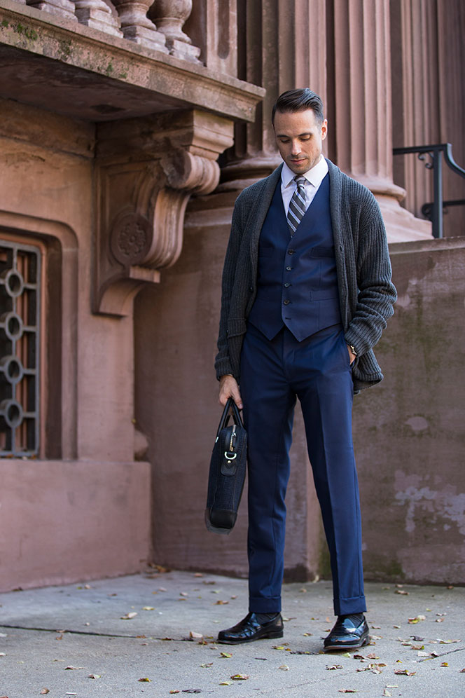 ways-to-wear-cardigan-three-piece-suit-blazer-substitute-business-outfit-idea